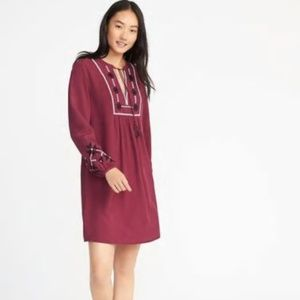 Old Navy Embroidered Swing Dress Sz L NWT pv306